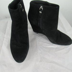 Via Spiga Suede Leather Ankle Boots Size 8 M
